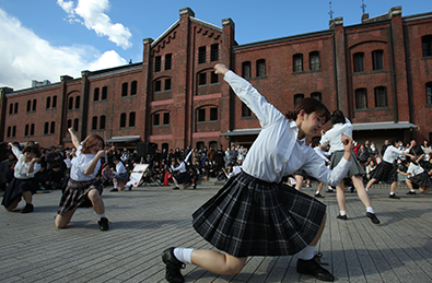 "Japan Women's College of Physical Education THE DANCE PRODUCING SOCIETY ""Bongo,Bongo 9phases"" Photo:Tsukada Yoichi"